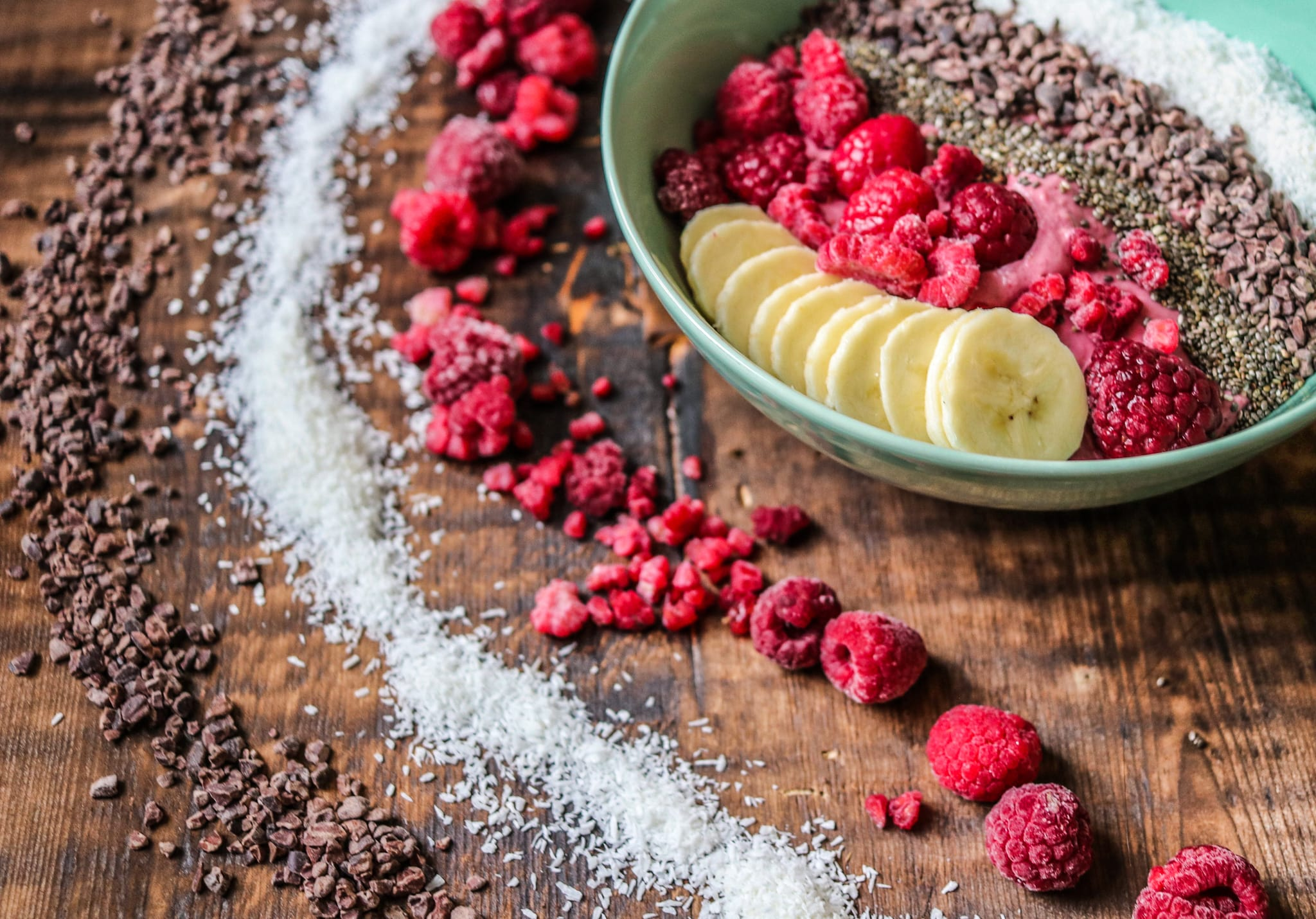 Vegan Raspberry Smoothie bowl