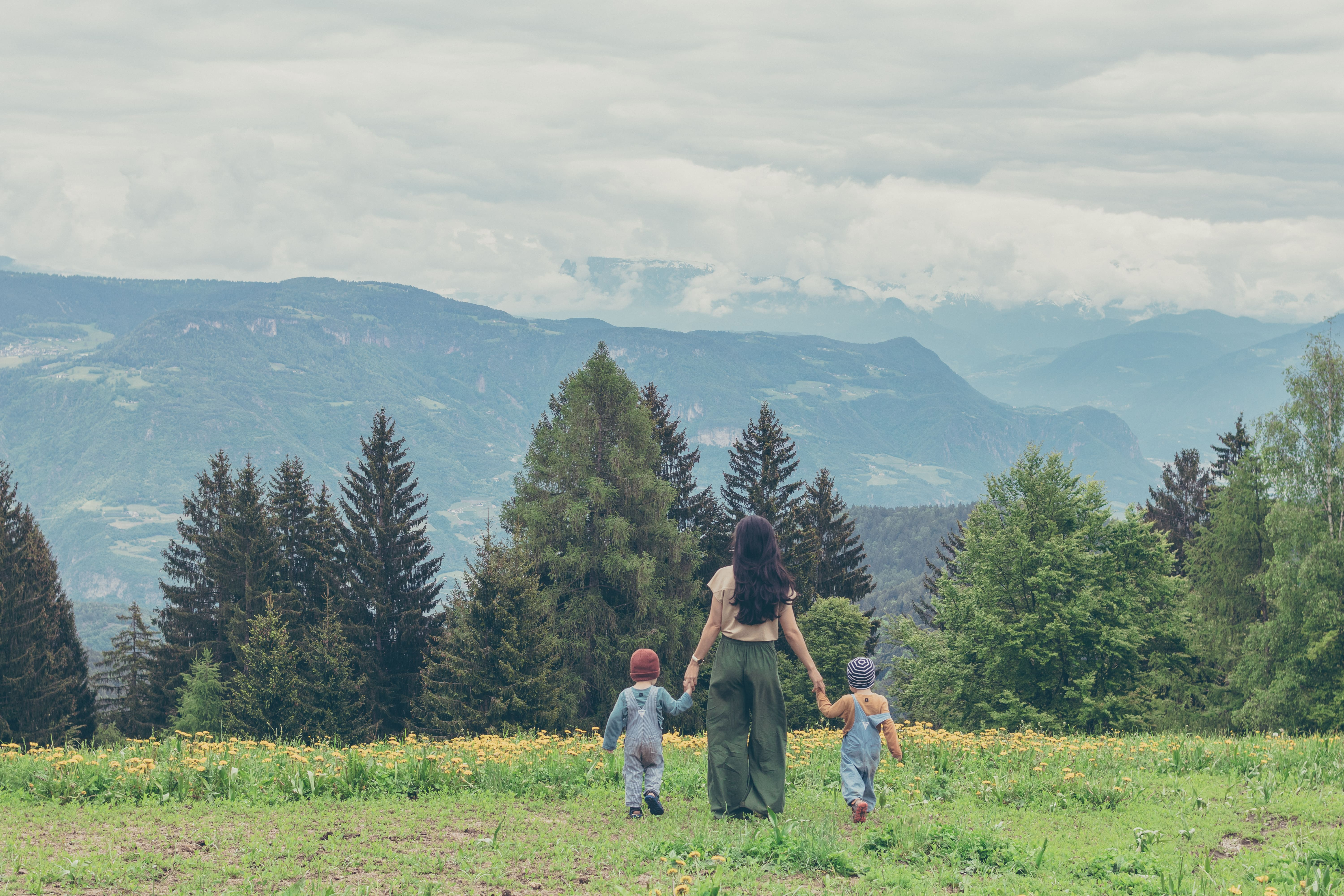 7 Ways Moms Can Save the Earth From Home
